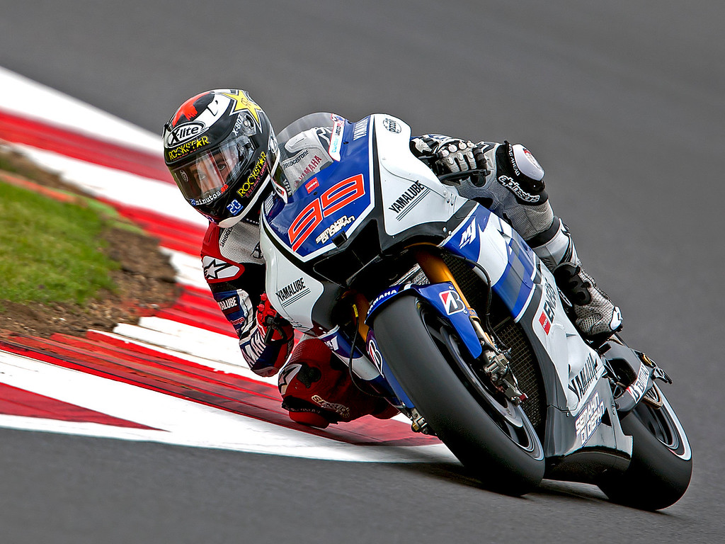 IMAGE: http://www.freezeframe-photography.co.uk/MotoGP2012-1/Moto-GP-2012/i-kLsJbBR/0/XL/AK8F7881-XL.jpg