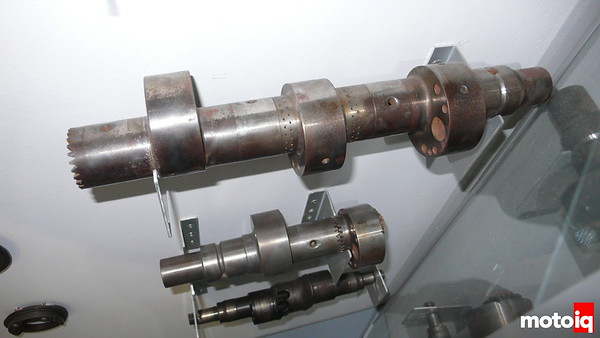 3-rotor eccentric shaft
