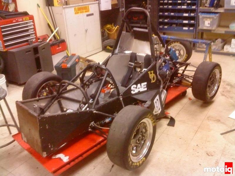 UD's 2010 SAE Car