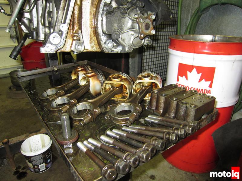 Dissasembled SR20 engine