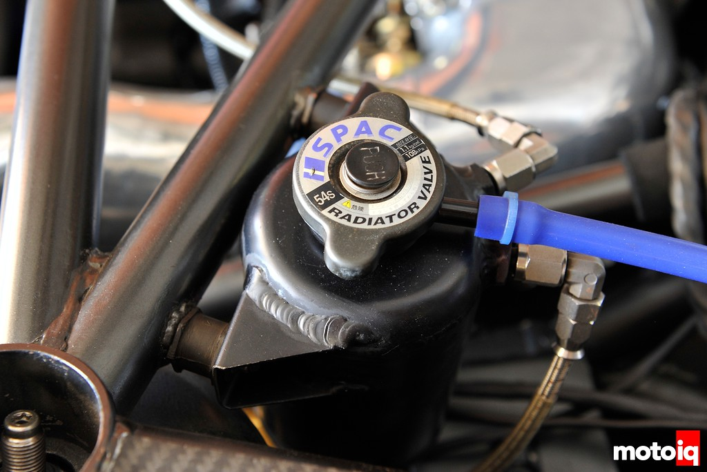 garage revolution fd header tank