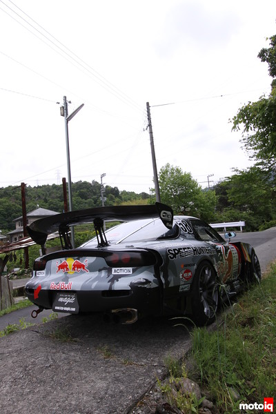 RX-7 4-Rotor: Rear Right, TCP Magic Wing and Exhaust.