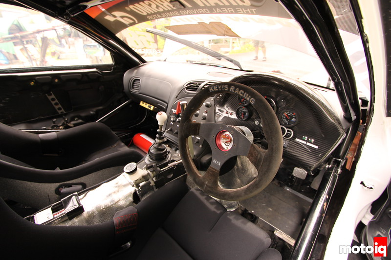 Another look at the cockpit, bride racing seats, Keyes Racing Wheel, Carbon gauge housing, 13-point roll-cage.