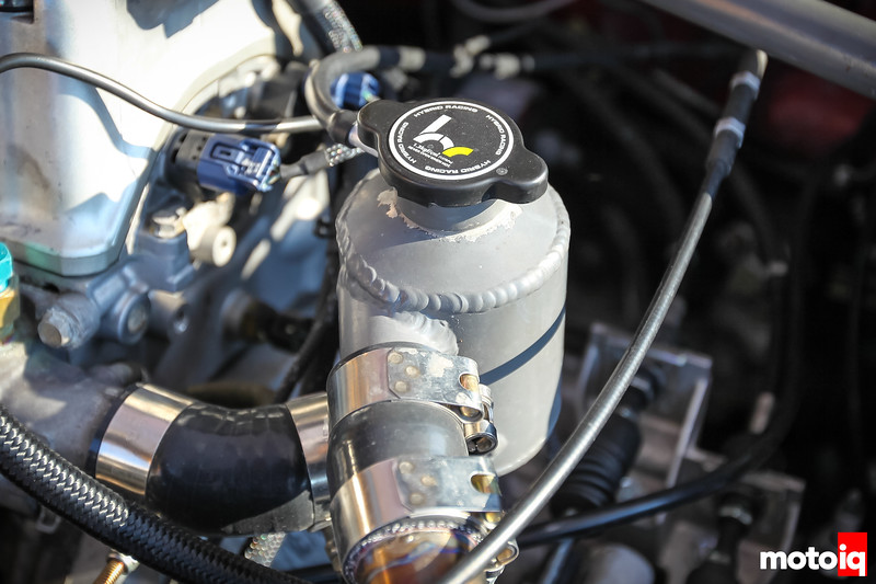 Radiator resevoir and swirl pot with Hybrid Racing cap