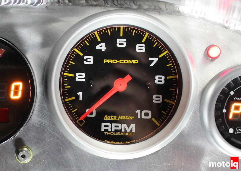 Autometer tach, lan speed racer