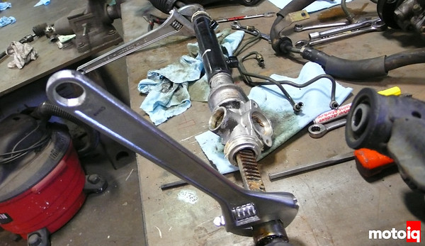 Project Miatabusa de-power miata steering rack with welded spool valve
