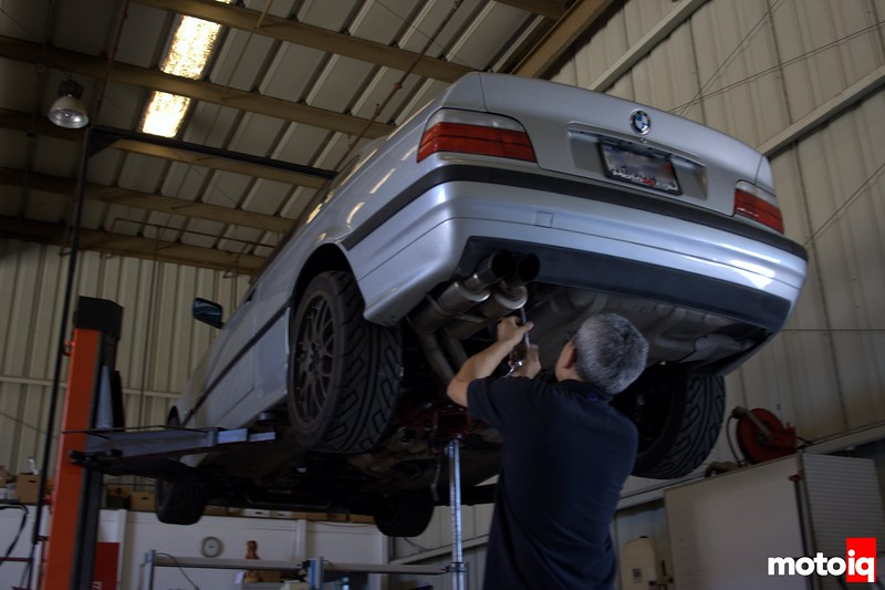 E36 dropping exhaust
