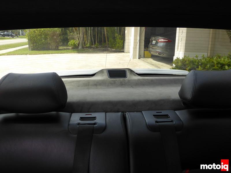 Rear speaker deck