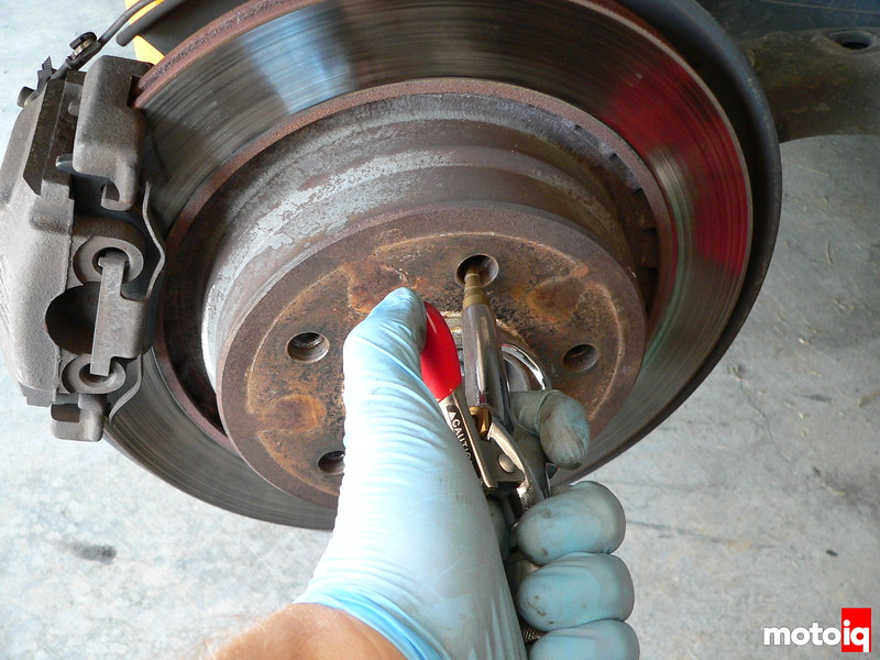wheel hub compressed air drying