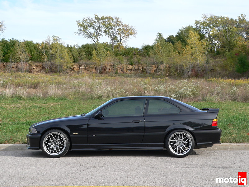 APEX Arc-8 18x9 Hyper Black on M3 with stock ride height