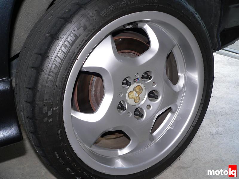 BMW wheel missing Roundel cap