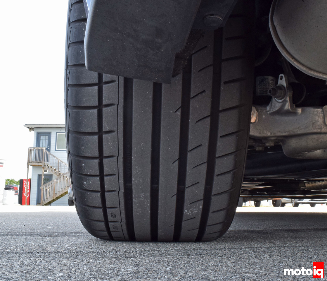2016 Mustang GT Continental DW Tire Rear