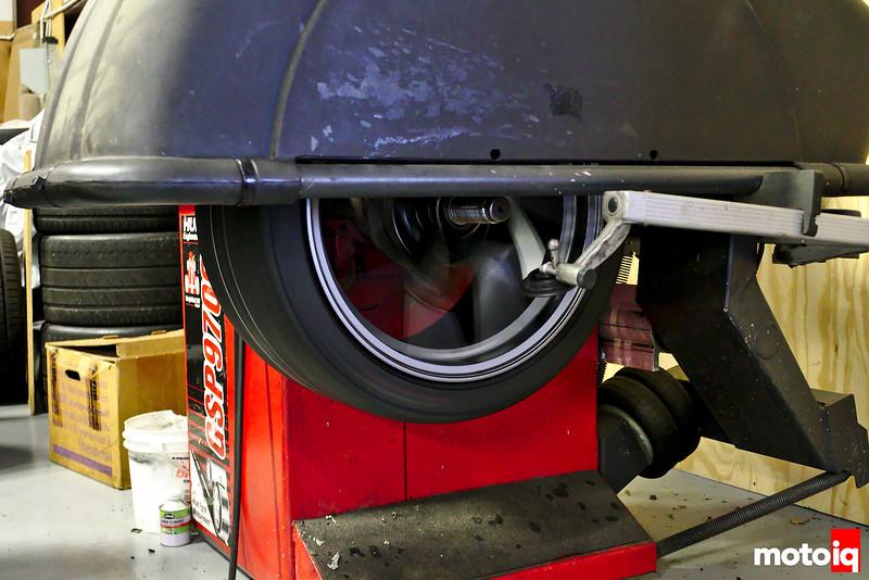 Titan 7 wheel and Nankang tire on the balancer