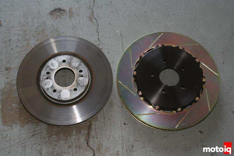 Mitsubishi EVO Brembo 355mm rotor vs stock