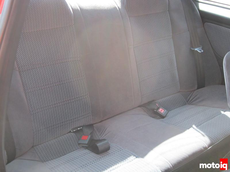 Turbo SE-R Backseat