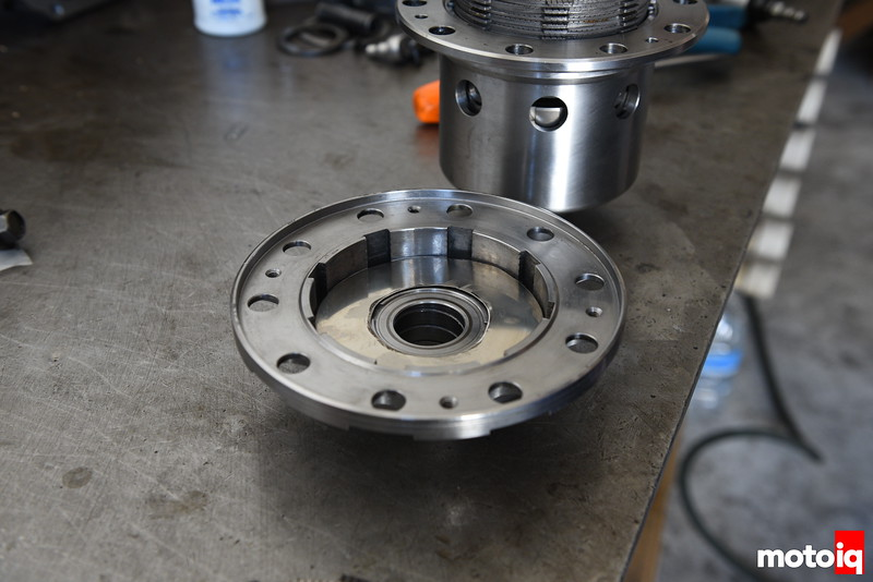 Rebuilding a Nissan R200 Differential to be More Drift Happy