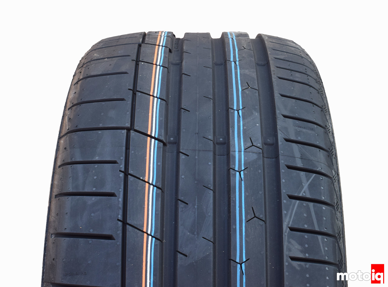 Continental ExtremeContact Sport tread