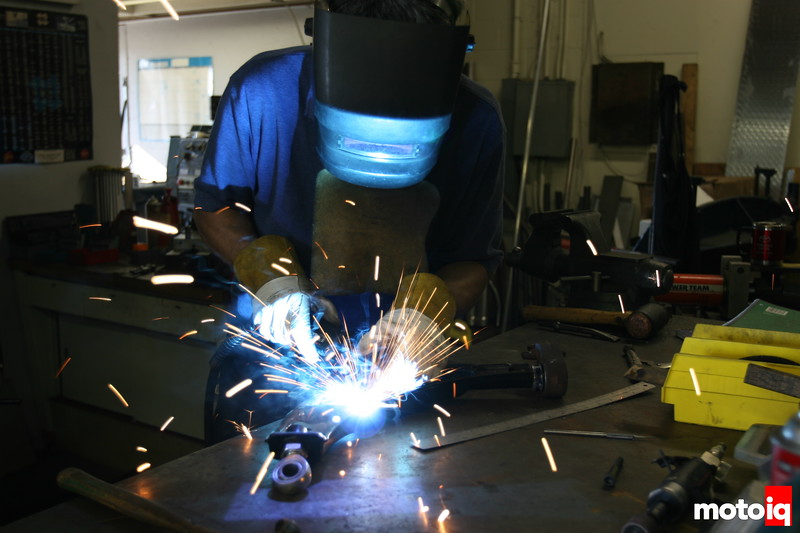 Ritchy Watanabe welding