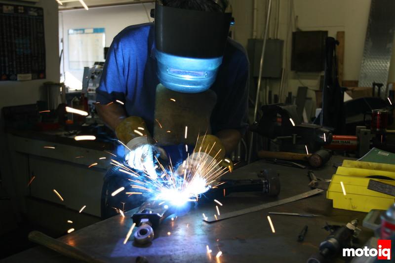 Ritchy Watanabe welding