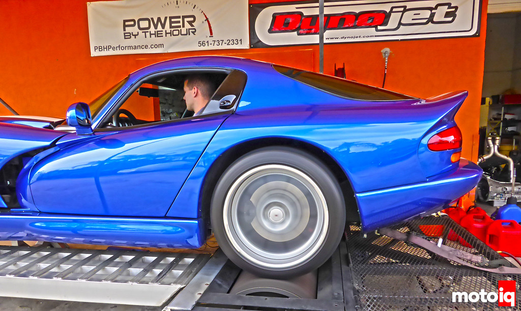 Viper on dyno spinning
