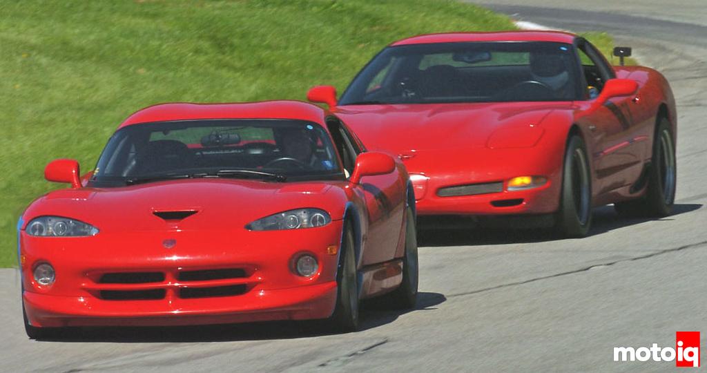 Viper Corvette size comparison