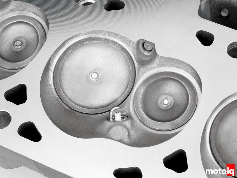 "2014 ""LT-1"" 6.2L V-8 VVT DI (LT1) Combustion Chamber"