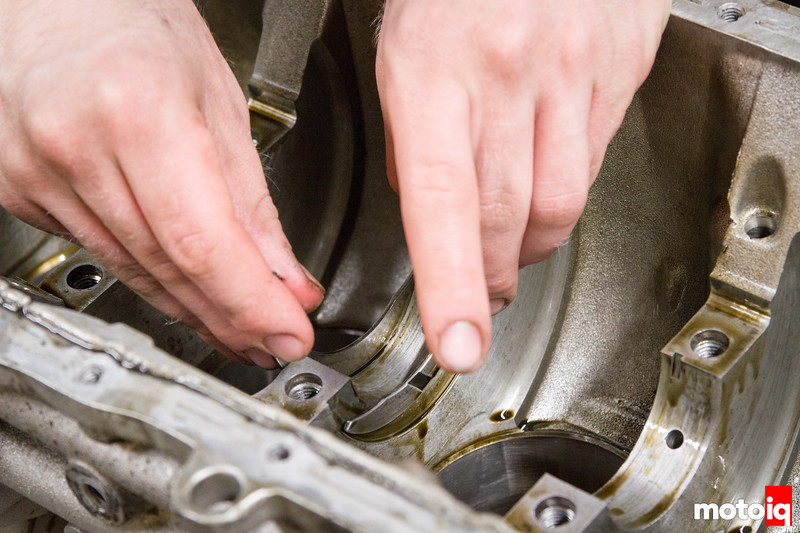 Removing SR20 thrust bearings
