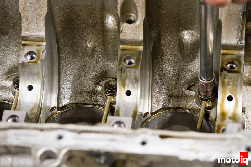 Removing SR20 oil squirters