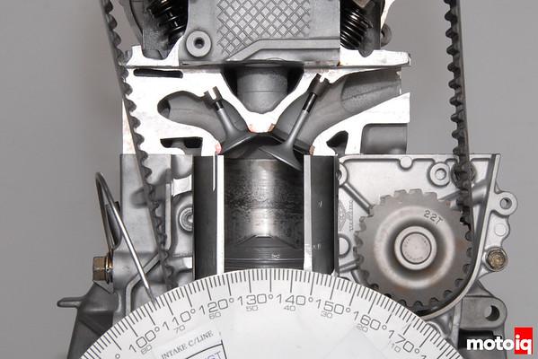 Honda four-cylinder engine cutaway
