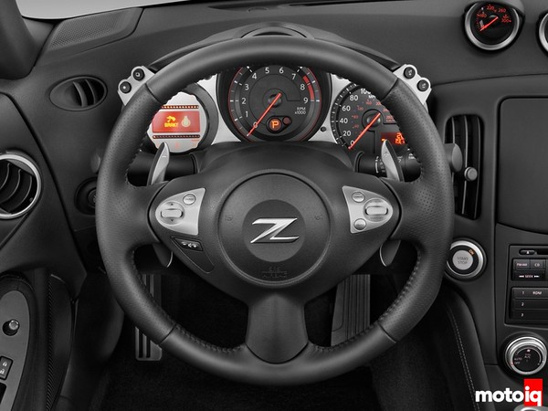 Nissan 370Z dashboard