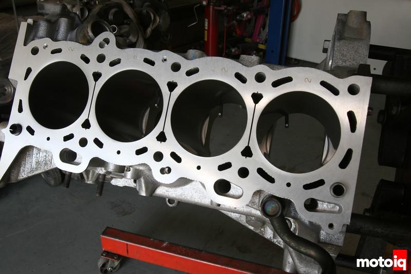 4 cylinder block Nissan SR20DE