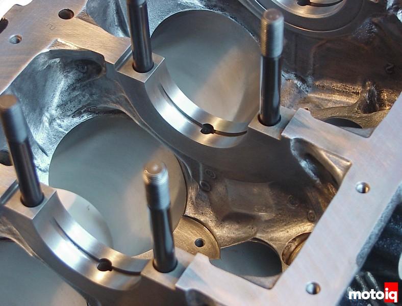 Nissan VG30DETT block internals