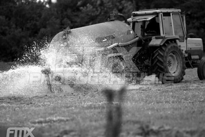 Cant beat a bitta water to keep that dust at bay.