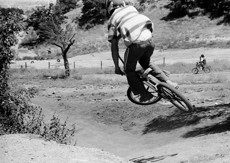 Mr. Thom Lund on his Wayne King Monoshock Bike heading down the hill at Randall Ranch.