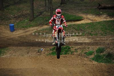 022 Black Red-2