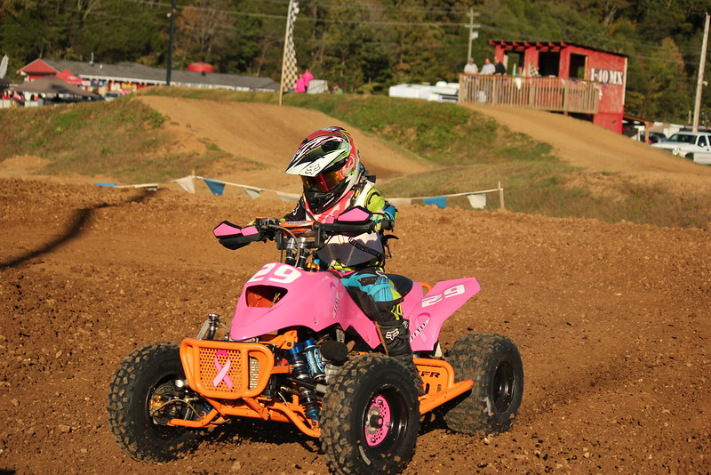 I40 - Pink Out - 2015-10-17 1745.180