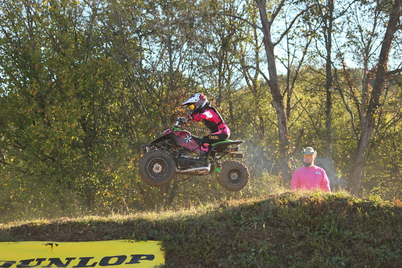 I40 - Pink Out - 2015-10-17 1745.450