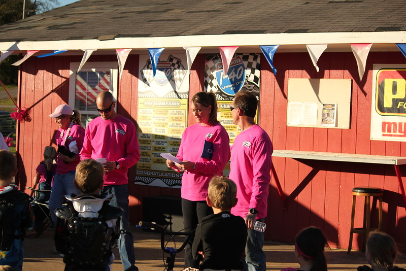 I40 - Pink Out - 2015-10-17 1804.490