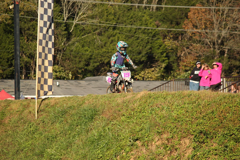 I40 - Pink Out - 2015-10-17 1738.190