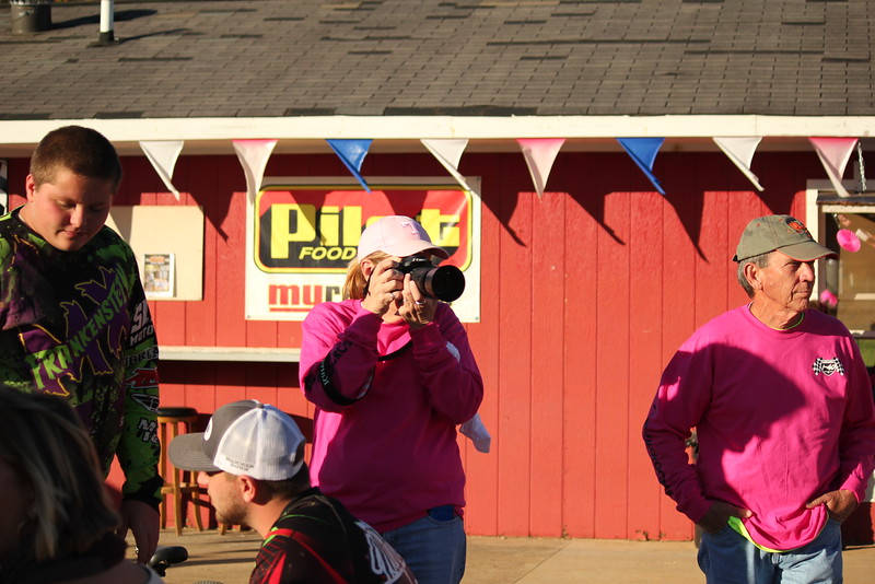 I40 - Pink Out - 2015-10-17 1757.090