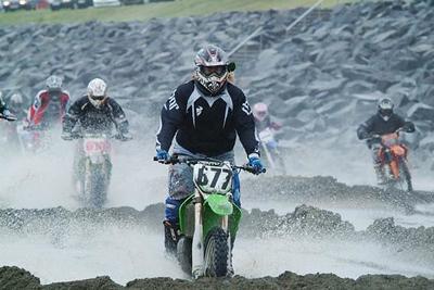 Enduro/motocross á Langasandi Akranesi.