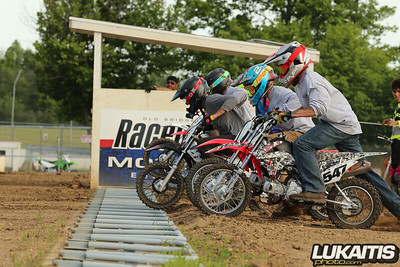 Raceway Park Saturday Night Lights Race Series - 6/8/19
