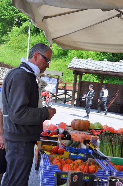 The Torino area is famous for peaches, and white truffles.  Roadside stands like this are easy to find