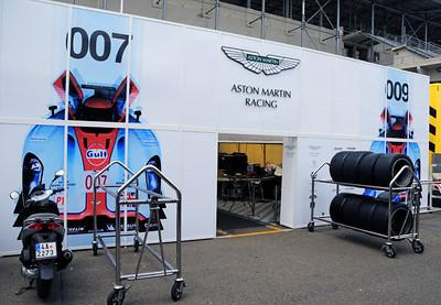 Lola Aston Martin LMP1 garage 00