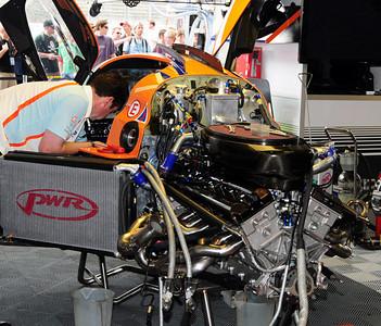 Lola Aston Martin LMP1 garage 02