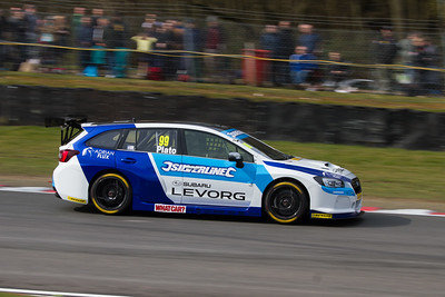 Subaru Levorg GT (Jason Plato)