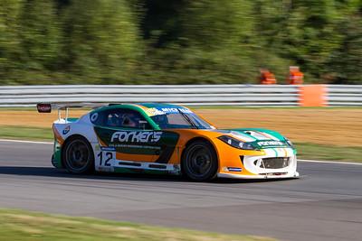 Ginetta GT4