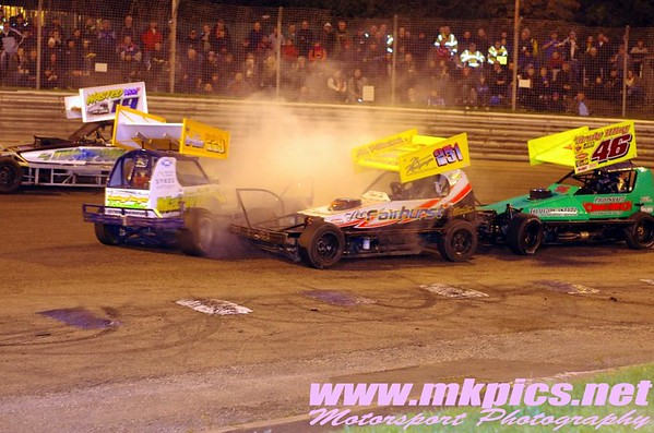 BriSCA F1 Shoot Out round 7