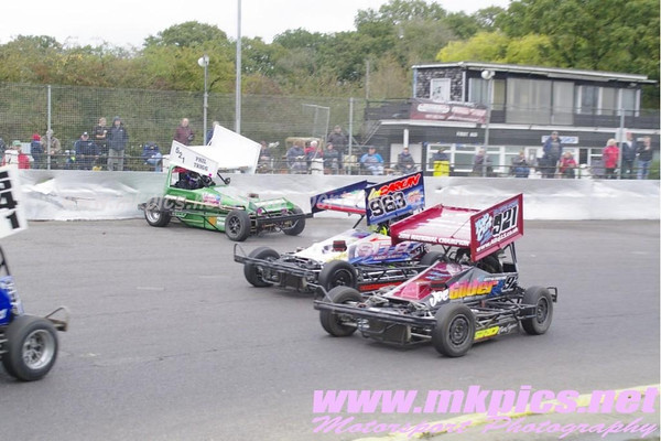 BriSCA F2 Stockcars, Northampton 21 October 2012