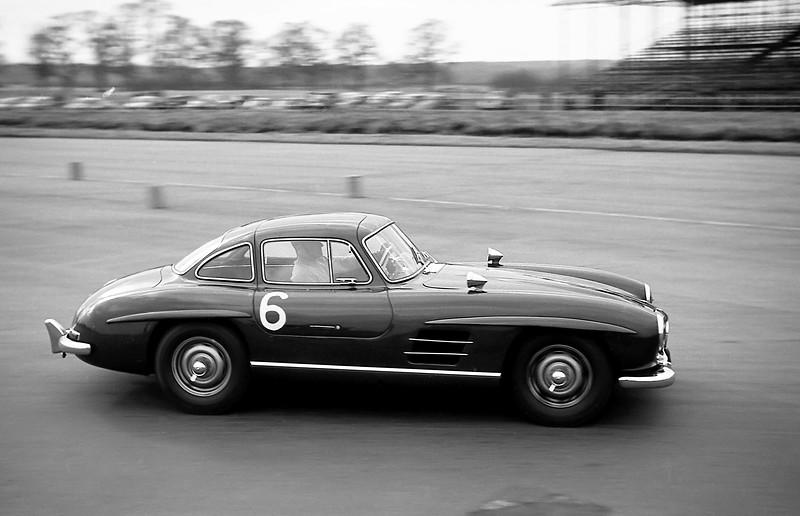 Mercedes 300SL Gullwing, Silverstone 1962?